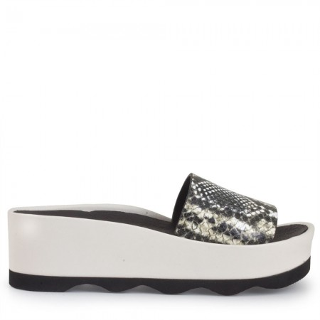 Sandalia plataforma piel serpiente blanco RUBI