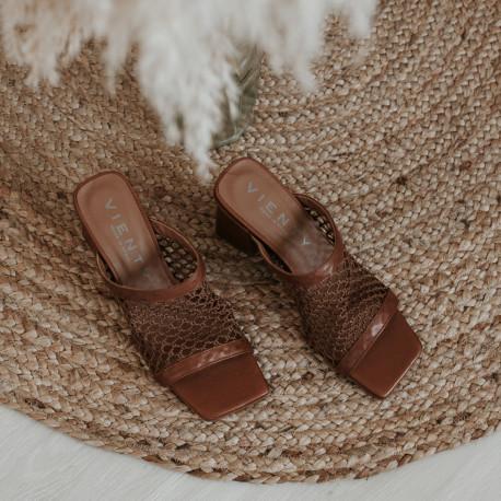Sandalia tacón rejilla Ani piel cuero