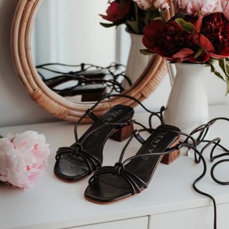 Sandalia tacón piel negro MELINDA