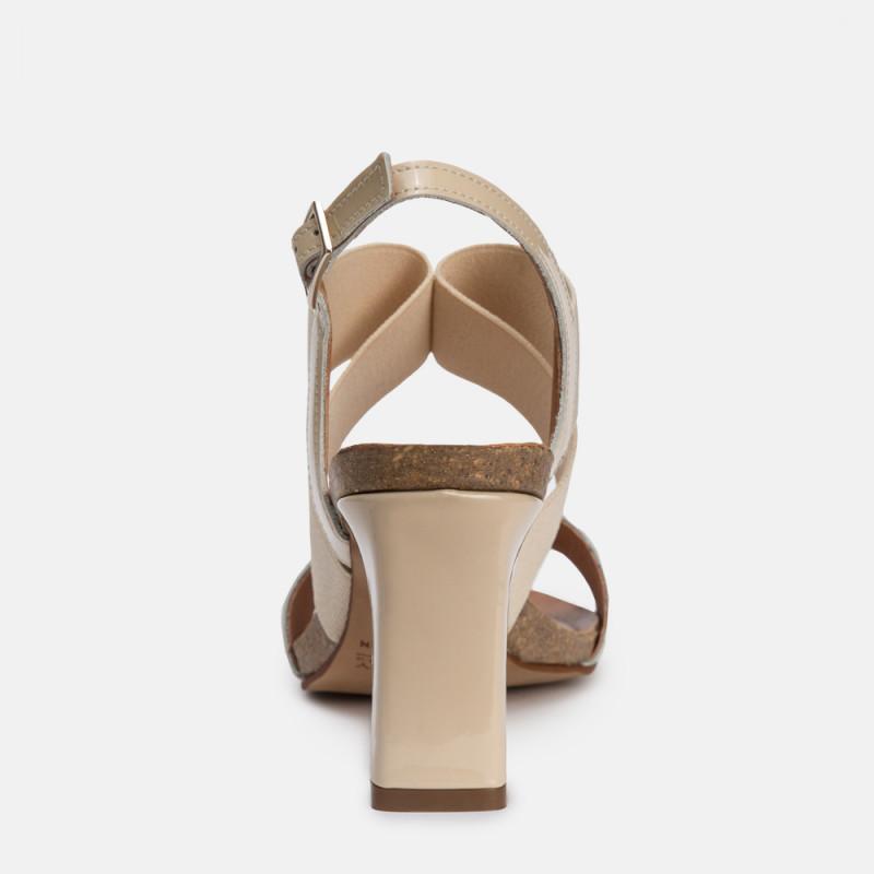Sandalia tacón charol nude SANTORINI