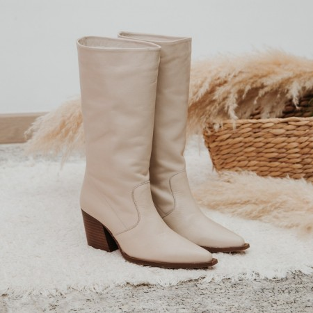 Wrinkled boot in beige leather Given