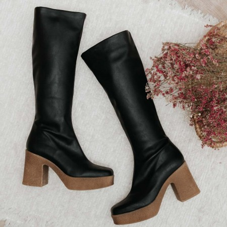 Black elastic nappa boots Iron