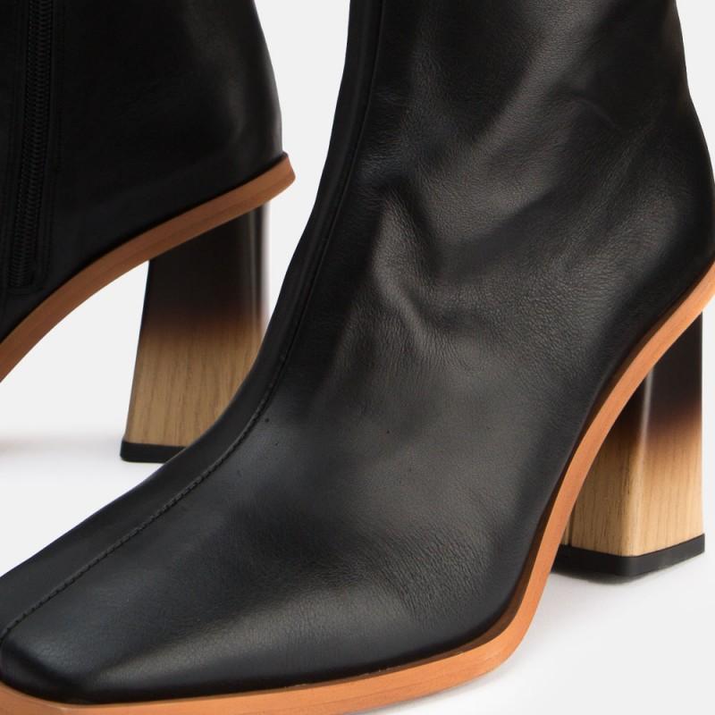 Black leather high boot Caroline