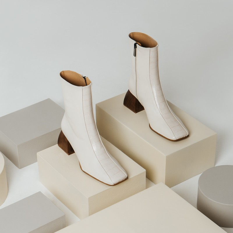 NEW IN - Booties with coco beige LYS