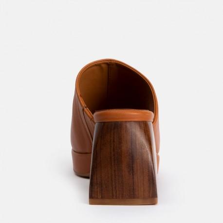 Sandalia pala ancha piel cuero VALERIA