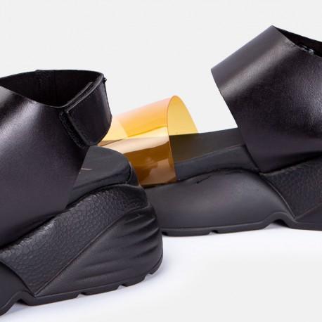 Sandalia naranja negro APPAREL