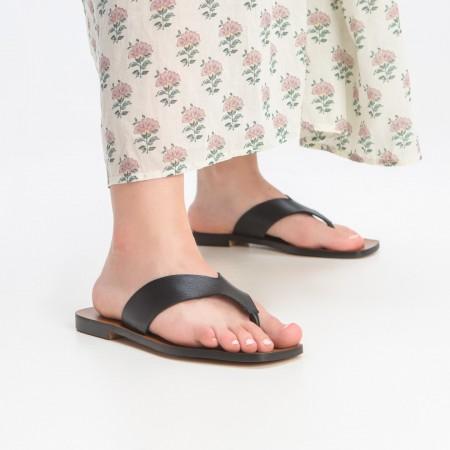 Sandalia plana piel negro Zoco