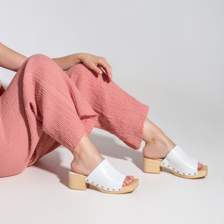 Sandalia pala tachas coco blanco TULES