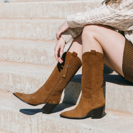 Leather cowboy boots Given